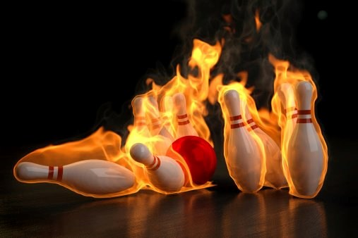 2015 Bowling on fire 01
